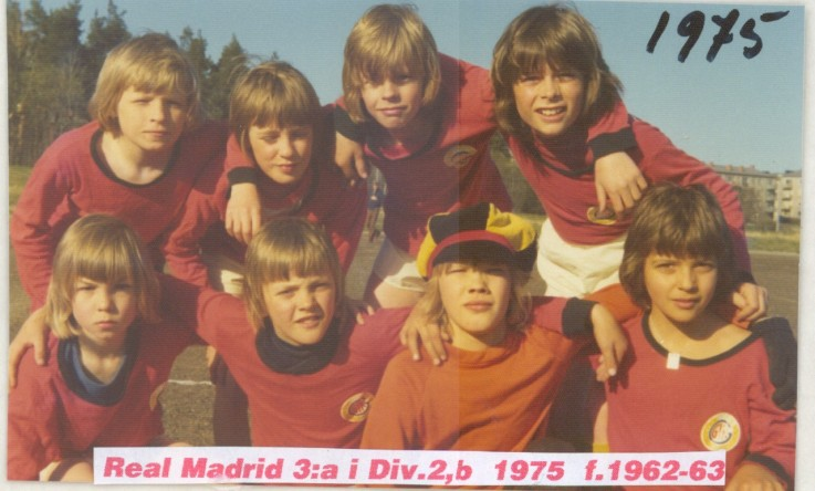 1975  real madrid  3a i div 2b.jpg